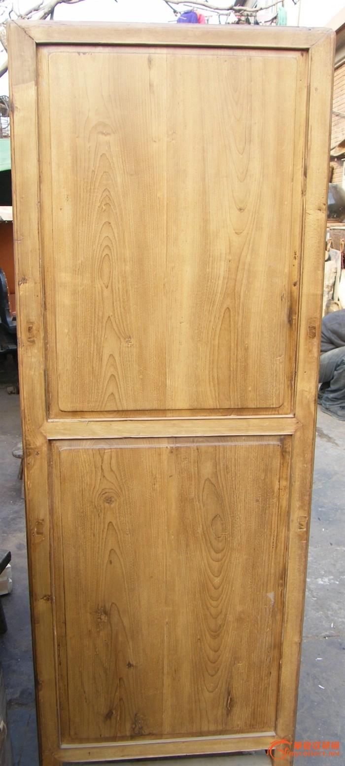 31a37一件漂亮的清代楠木柜子