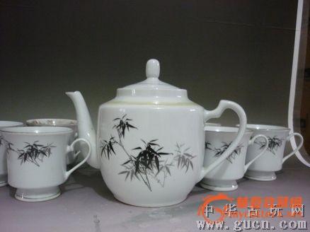 文革墨彩墨竹茶壶茶杯一套