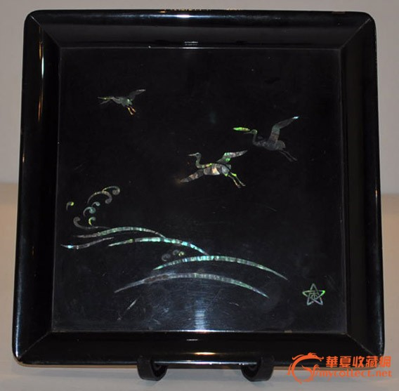 日本黑漆制螺钿工艺双鹤祥云纹样方型老漆盘