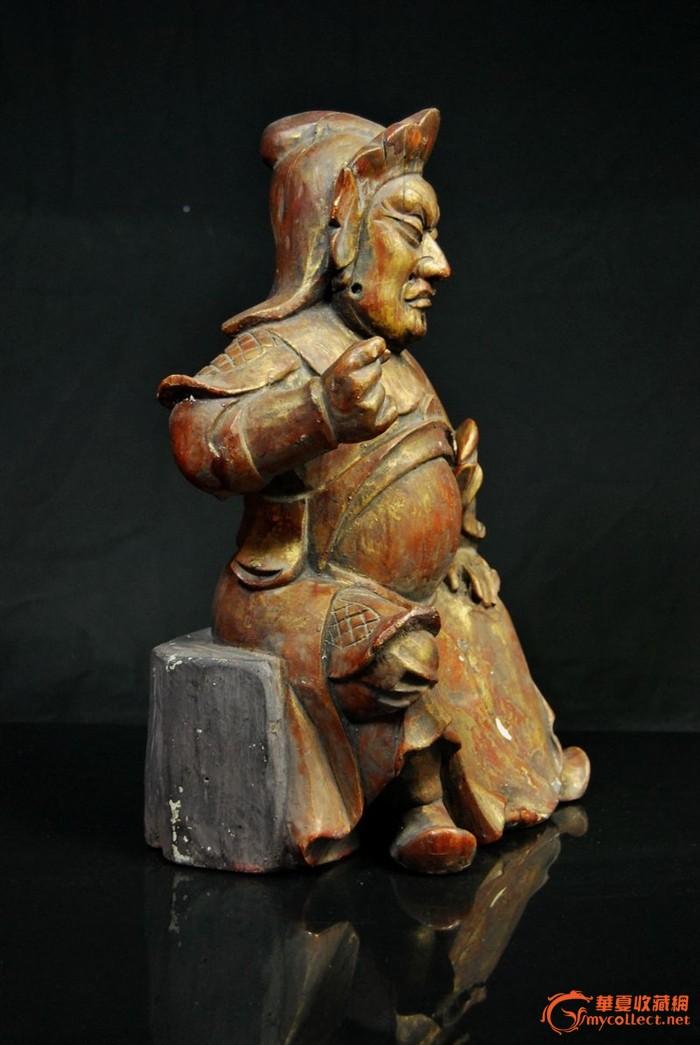 清香樟木雕鎏金关公一尊