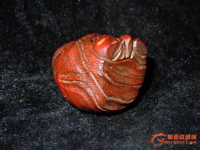 竹根雕刻的吉祥如意财神 黄杨木雕刻的如意米莱佛 竹根雕刻的南瓜蚂蚁