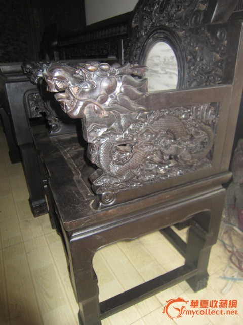 檀木雕龙大中堂