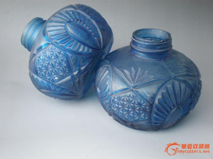 蓝色花纹图玻璃瓶一对