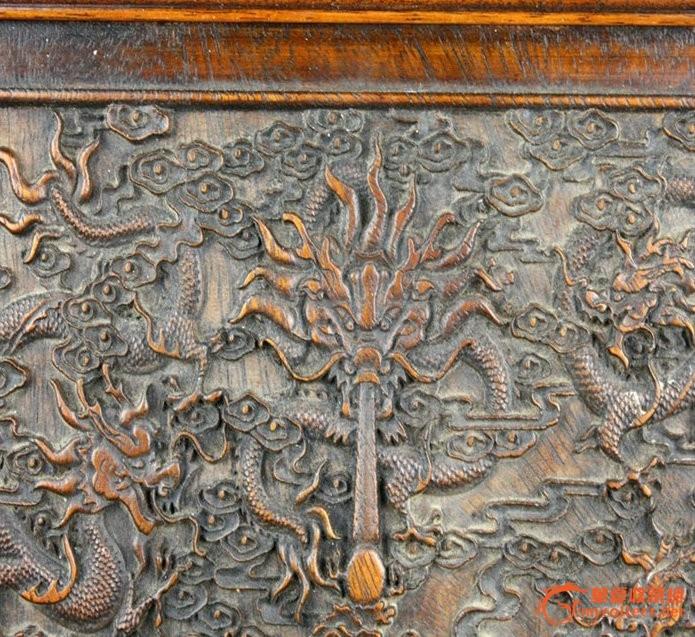 草花梨九龙纹插屏 木质细腻 纹理清晰龙纹栩栩如生姿态各异