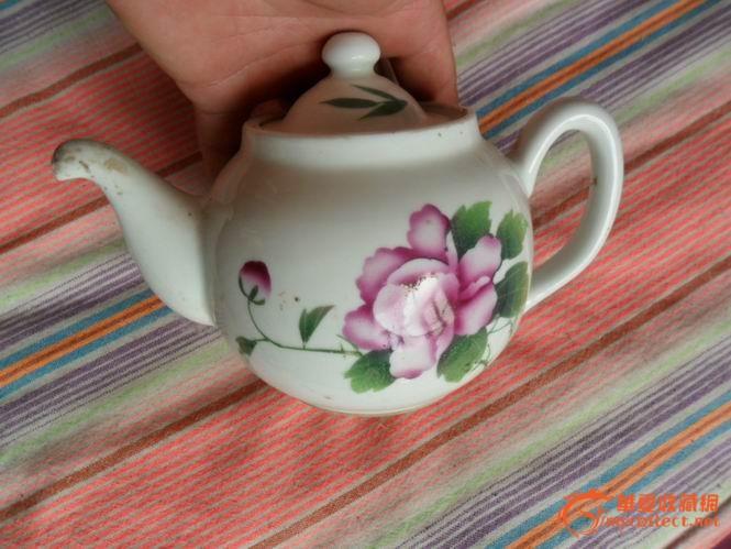 精美手绘花卉景德镇小茶壶