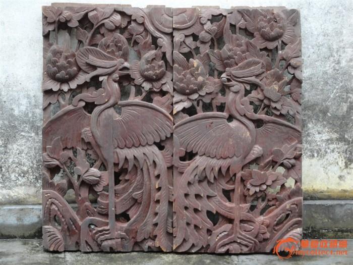 潮州木刻:清樟木雕凤凰牡丹花漆屏窗一对