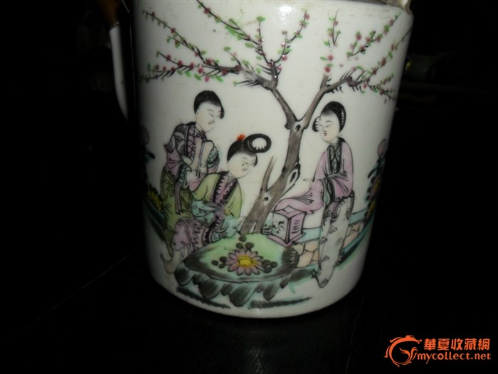 清代动物瓷茶壶图片